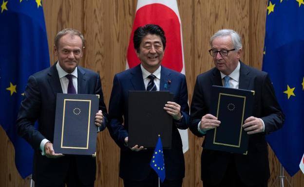 Japón y la UE firman acuerdo de libre comercio — Mensaje a Trump