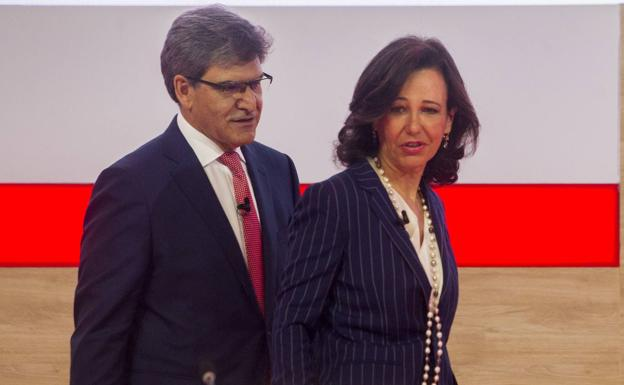 Ana Botín presidenta del grupo Santander y José Antonio Álvarez consejero delegado en la última junta general./A. Aja