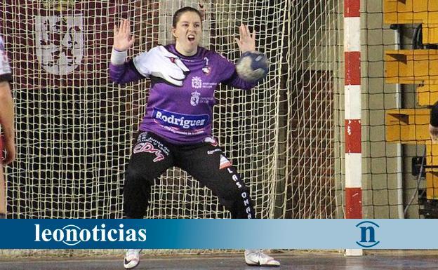 Cuatro jugadoras del Rodríguez Cleba, en la selección de Castilla y León - leonoticias.com