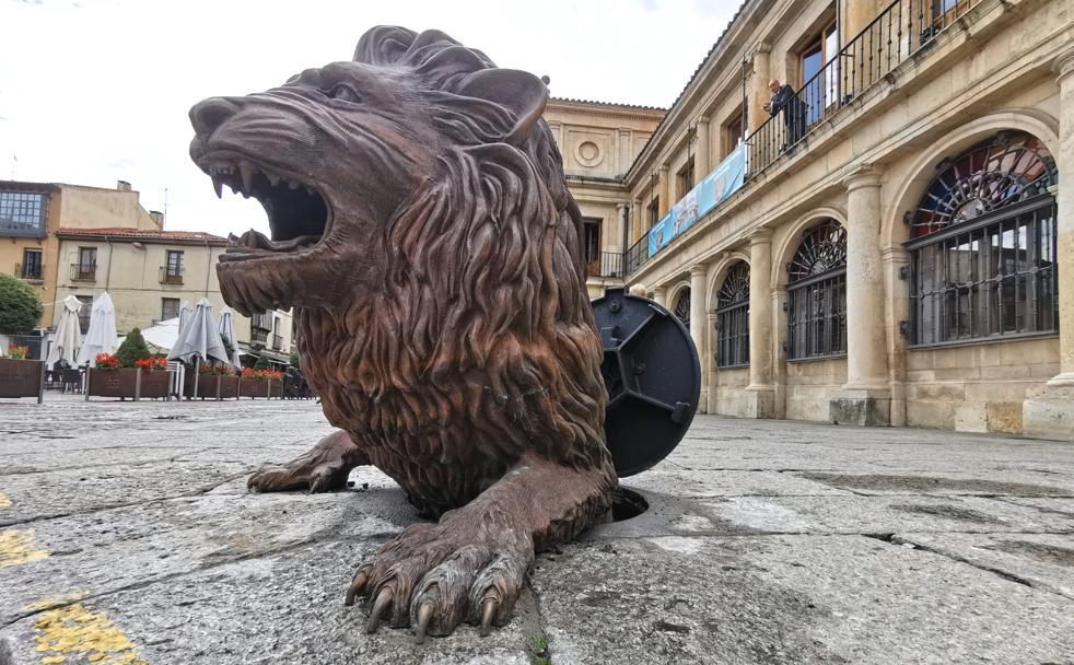 El 'León' que asoma la cabeza